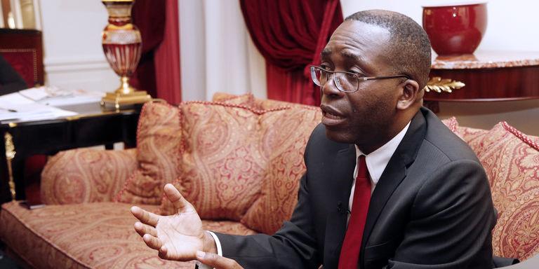 Tribune de Matata Ponyo : La RDC doit « conjurer tout risque de retour en arrière »