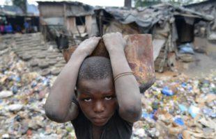 La moitié des enfants en Afrique subsaharienne vit dans l'extrême pauvreté !