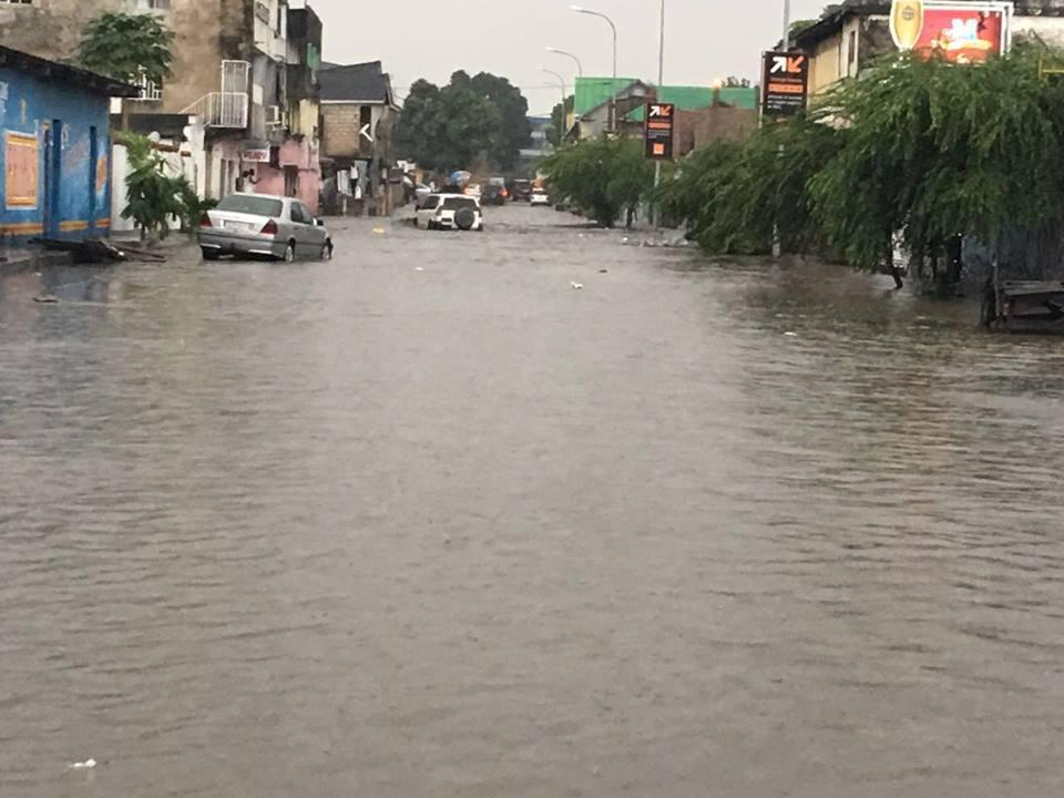 RDC : La pluie paralyse la circulation à Kinshasa ce matin !
