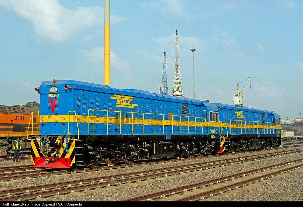 RDC : Encore deux locomotives neuves pour la SNCC