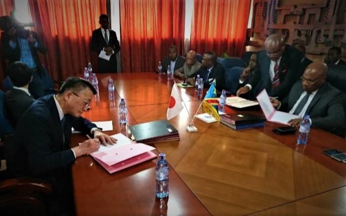 JAPON-RDC : Trois accords signés pour trois projets évalués à 27 millions USD