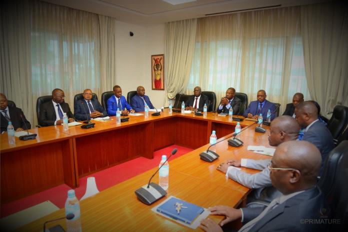 RDC : Voici comment Tshibala compte ramener le taux de change à 1 000 CDF le Dollar US !