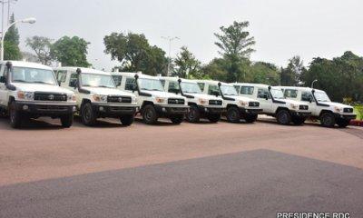RDC : 1,6 millions USD de l'Etat pour doter 26 véhicules utilitaires aux gouverneurs ! 3