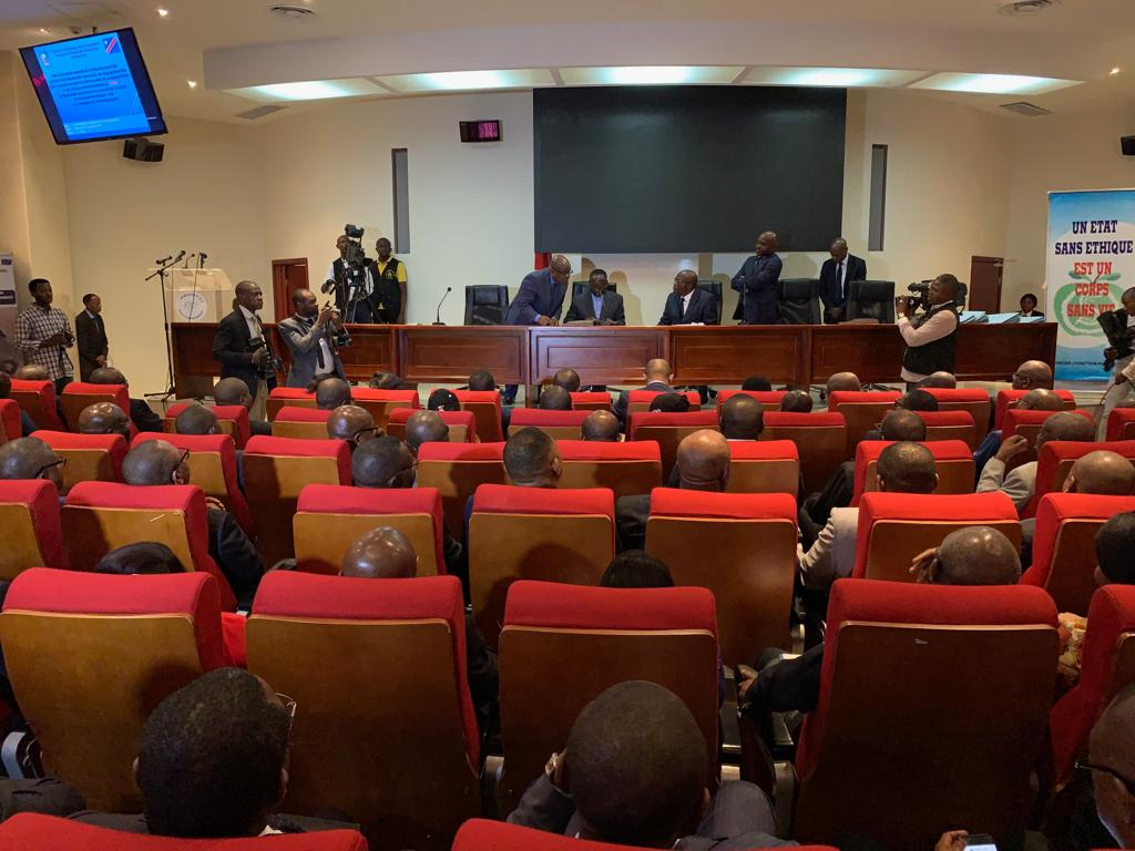 RDC : Ilunkamba signe et fait signer l'Acte d'engagement éthique à ses ministres 1