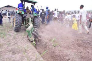 RDC :Jean Maweja lance la campagne agricole à Katanda! 4