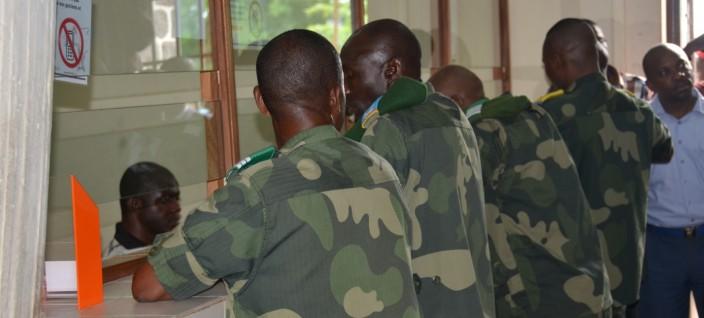 RDC : Access Bank surprend un détenteur d'une fausse carte biométrique pour FARDC 9