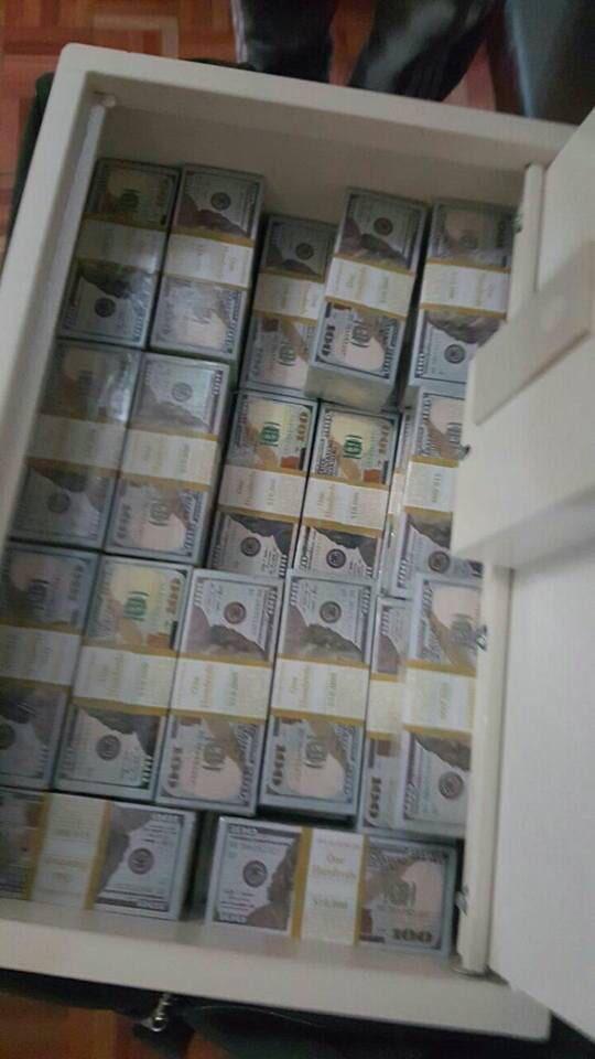 Dollars saisis à Brazzavile