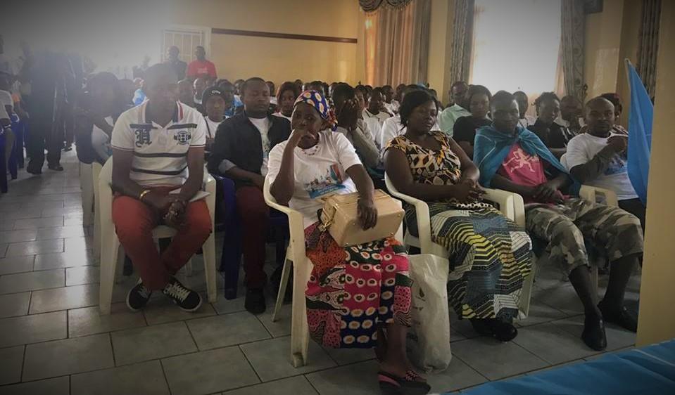 Patrick Muyaya par aux jeunes de l'ADR avec Elvis Mutiri à Goma