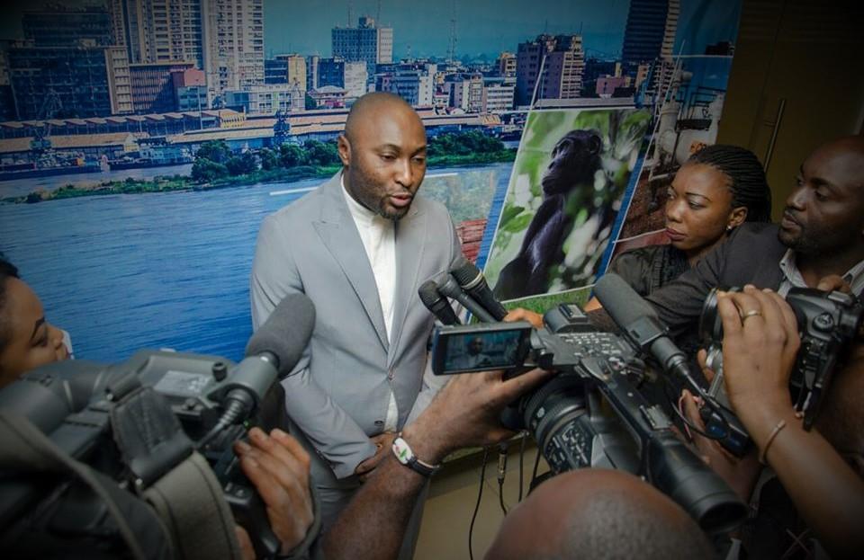Jésus-Noel Sheke, le chargé de communication de Congo Today répondant aux questions de la presse.