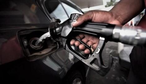 RDC : Le litre du carburant a augmenté de 190 FC depuis février 2017 [Retro]