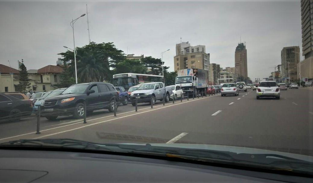 Kinshasa : Après des tirs entendus vers 13H00, le Marché Central se vide !