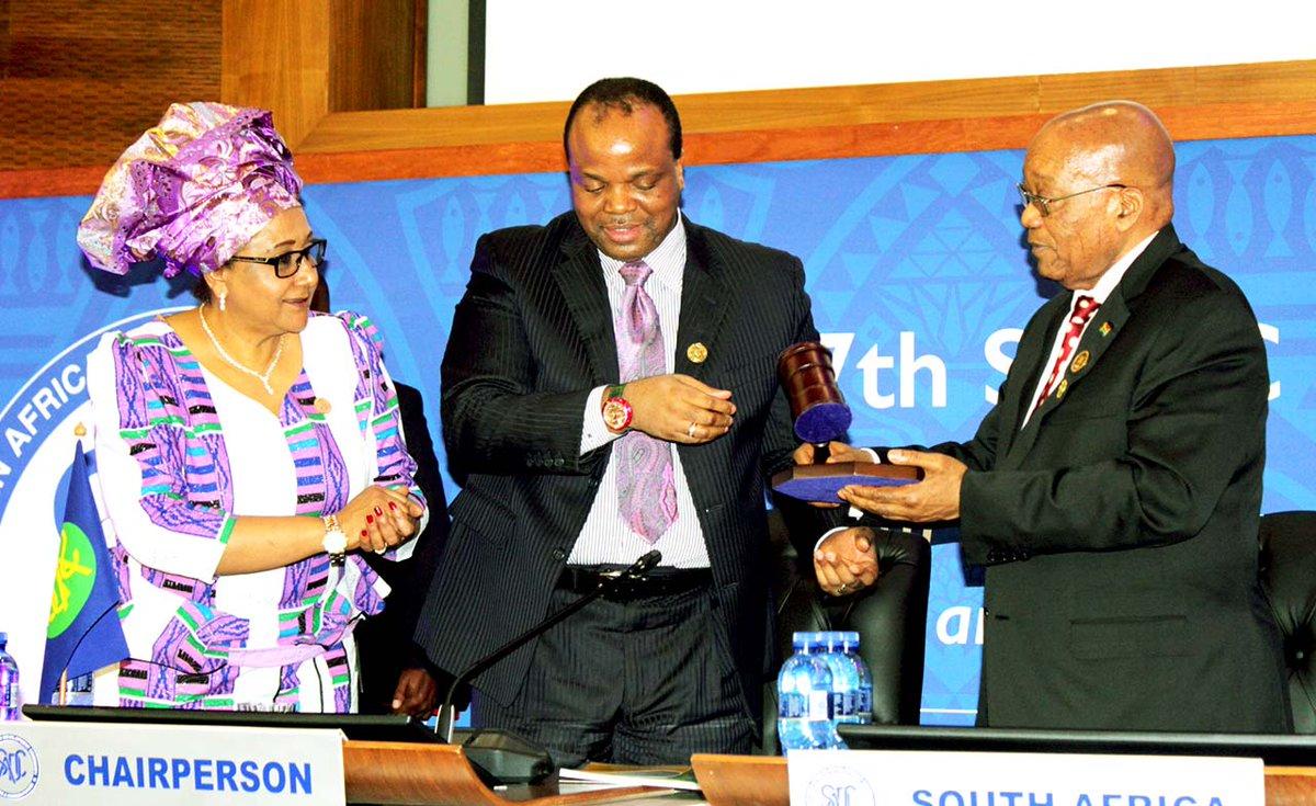 Passation de pouvoir entre le Roi Mswati 3 et le Président Zuma ce 19 Aout 2017