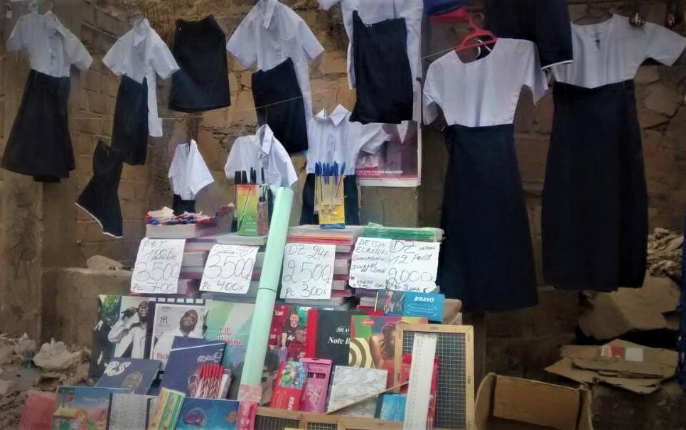 Kongo Central : Rentrée scolaire, des commerçants peinent à écouler des objets classiques