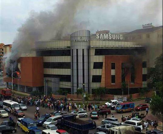 Kinshasa: L'immeuble «Empire» est–il couvert par une assurance incendie?