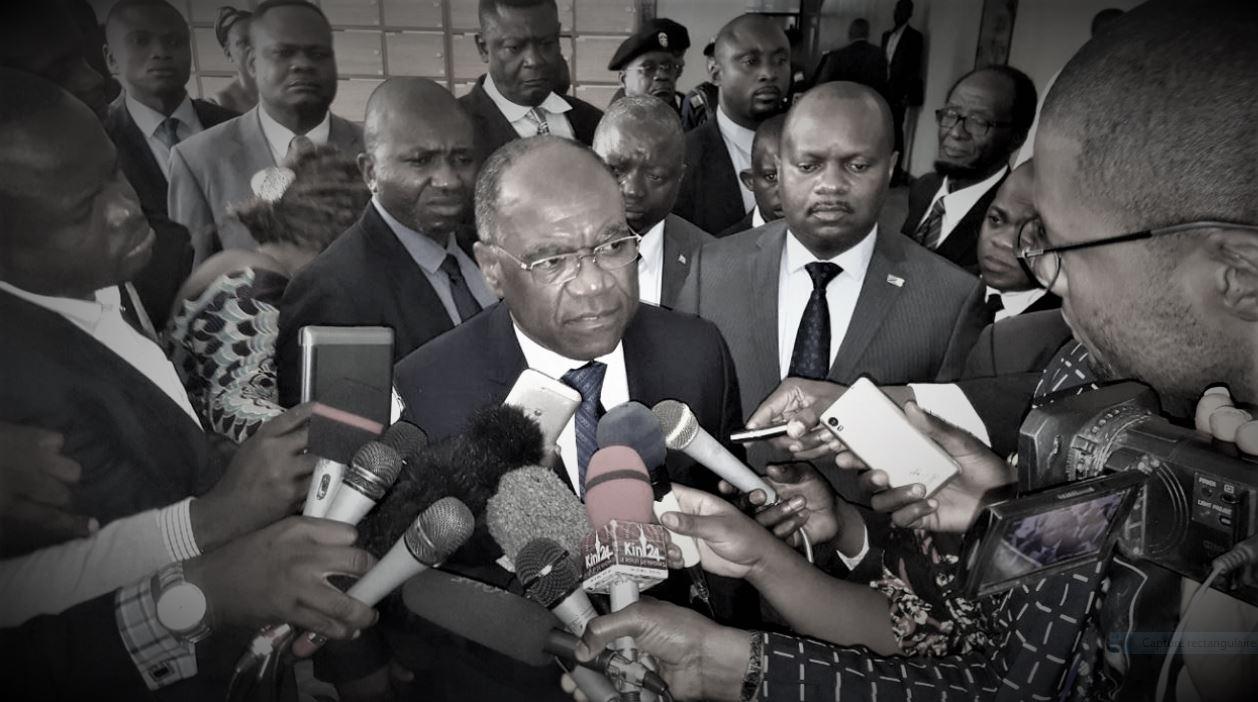 She Okitundu face à la presse AN @Zoom_eco – Copie