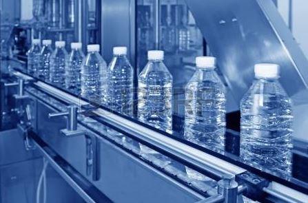 Ligne de production d'eau Minérale dans une usine –