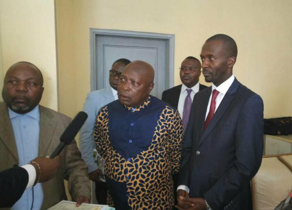 RDC : Transfert de propriété, le délai et les coûts d'obtention réduits! 1
