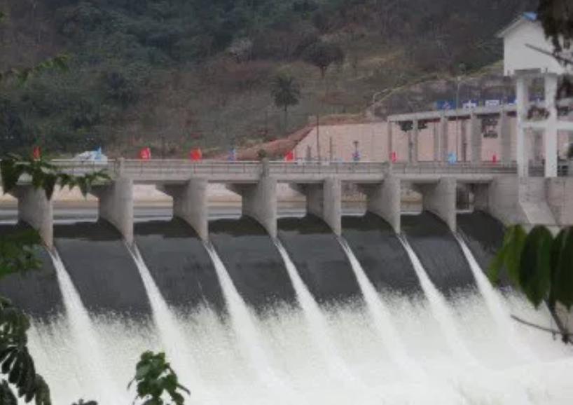 RDC: 150 mégawatts de « Zongo 2 » ne peuvent alimenter Kinshasa pour l'instant! 14