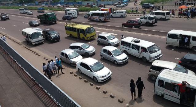 RDC : transport, le «demi-terrain» revient au galop à Kinshasa ! 1