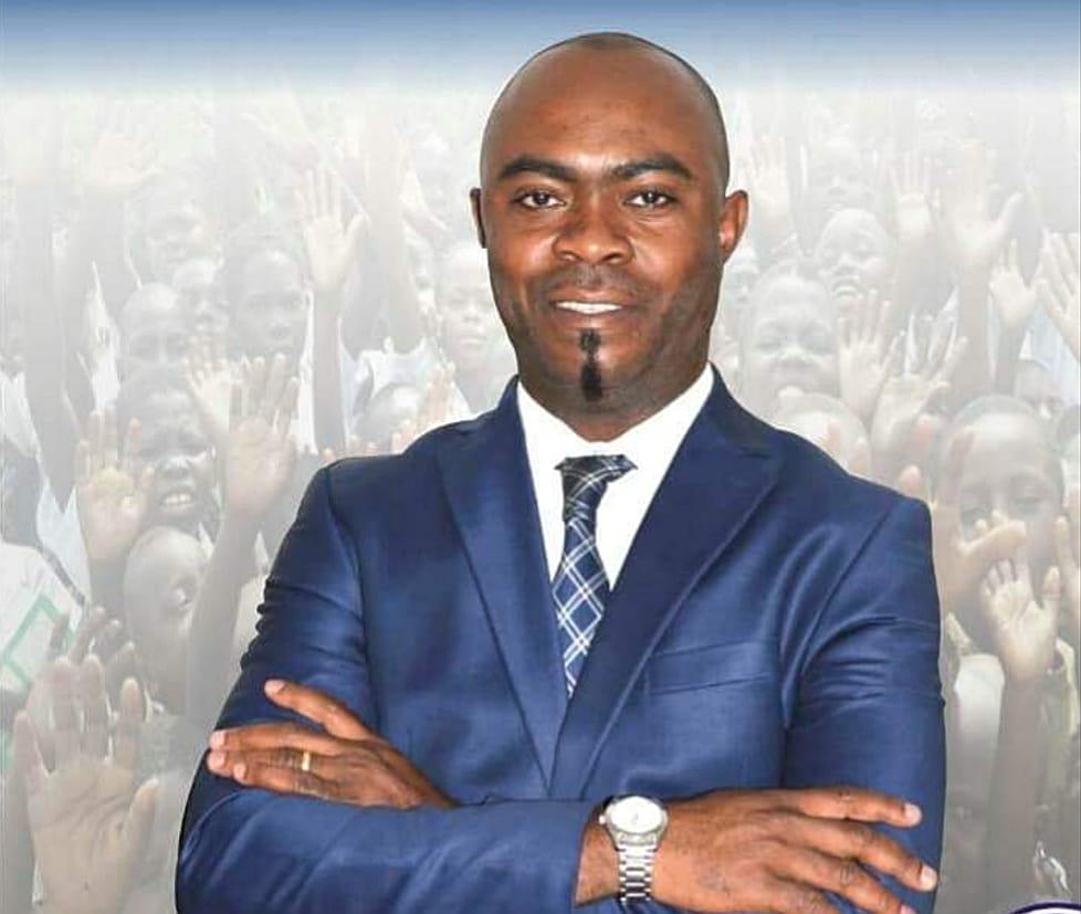 Professeur Kinkani à Félix Tshisekedi : « il est urgent de renouveler à 65% la classe dirigeante en RDC» 1