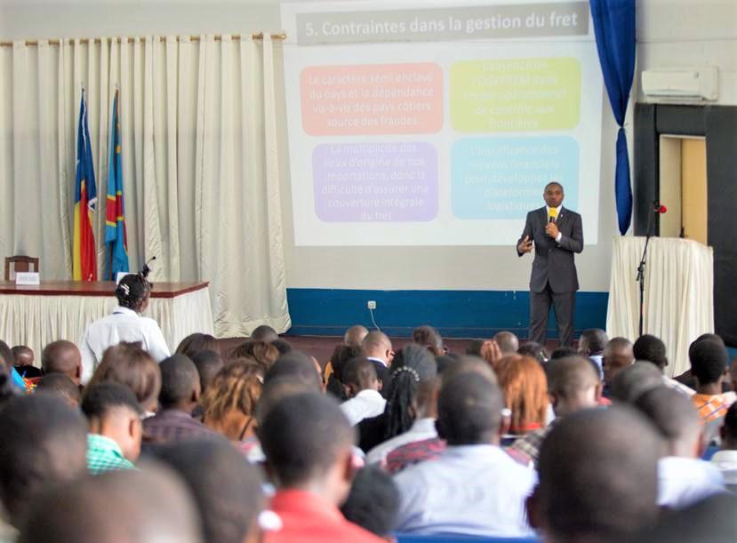 RDC: Patient Sayiba explique aux étudiants les enjeux de la gestion du fret 1