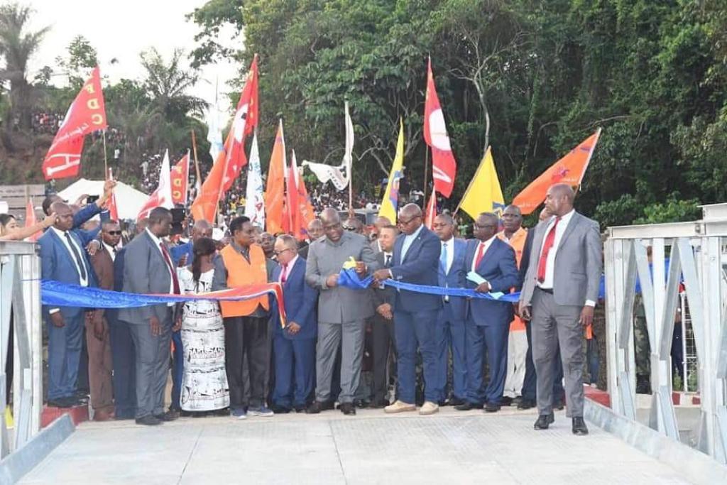 RDC : le chef de l'Etat inaugure le pont Lubuya long de 30 mètres 1