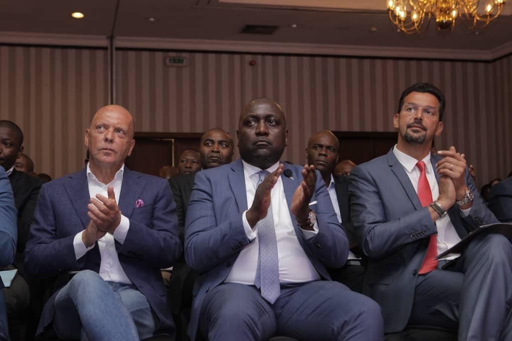 RDC : Rawbank accompagne des entrepreneurs aux assises high-tech à Paris 3
