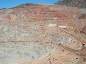 Monde: lancement des activités de Nevada Gold Mines 2