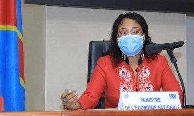 RDC : Prix du carburant à la pompe, Acacia Bandubola en appelle à l'apaisement!