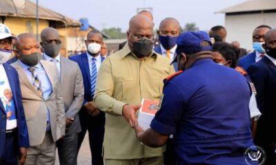 RDC: Tshisekedi vole au secours des policiers victimes de l'incendie à la FIKIN