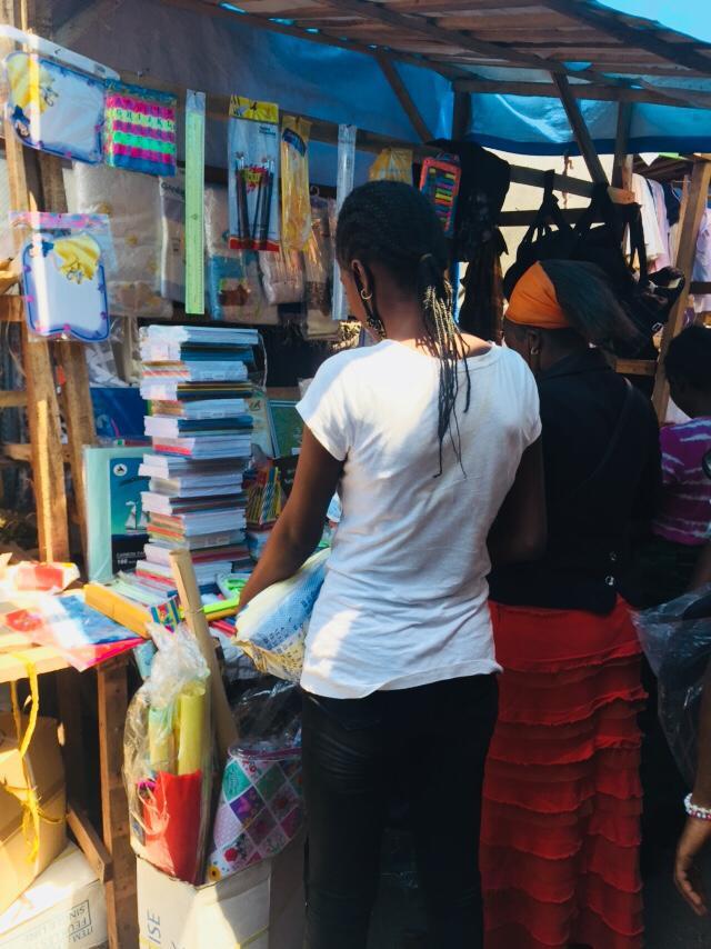 RDC : rentrée des classes, le prix des fournitures scolaires en légère hausse sur le marché ! 2
