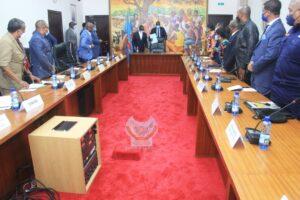 RDC: Covid-19, le Comité multisectoriel de riposte invite les enseignants, élèves et parents au respect des gestes barrières 4