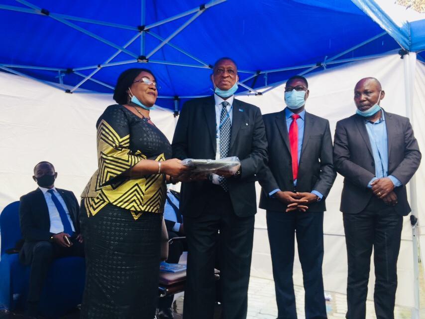 RDC : l'UNESCO fait un don des équipements informatiques aux quatre ministères clés de l'éducation ! 1