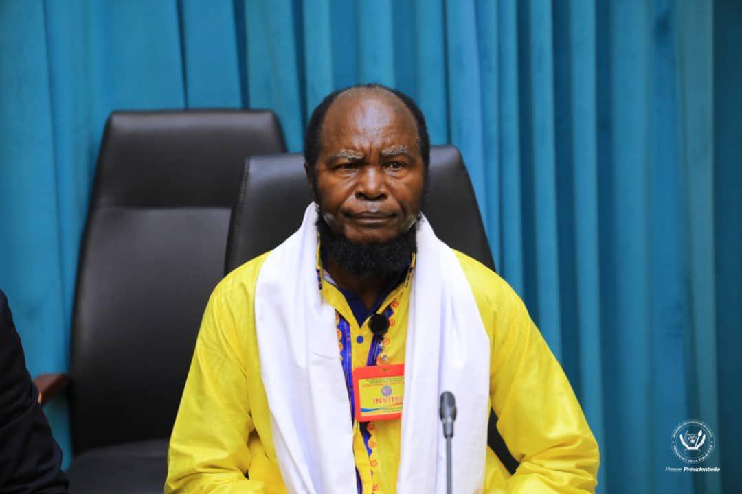 Ne Mwanda Nsemi aux consultations: «le pays nous appartient tous, nous devons nous unir au lieu de nous combattre» 3