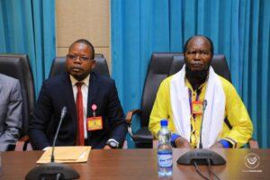 Ne Mwanda Nsemi aux consultations: «le pays nous appartient tous, nous devons nous unir au lieu de nous combattre» 4