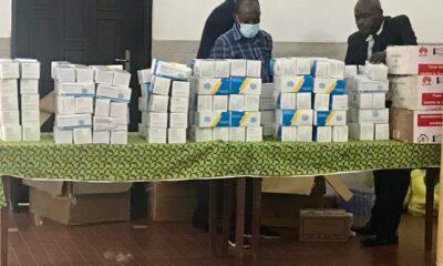 Kinshasa : Huawei apporte des matériels de protection contre la covid-19 aux élèves de Lukunga 18