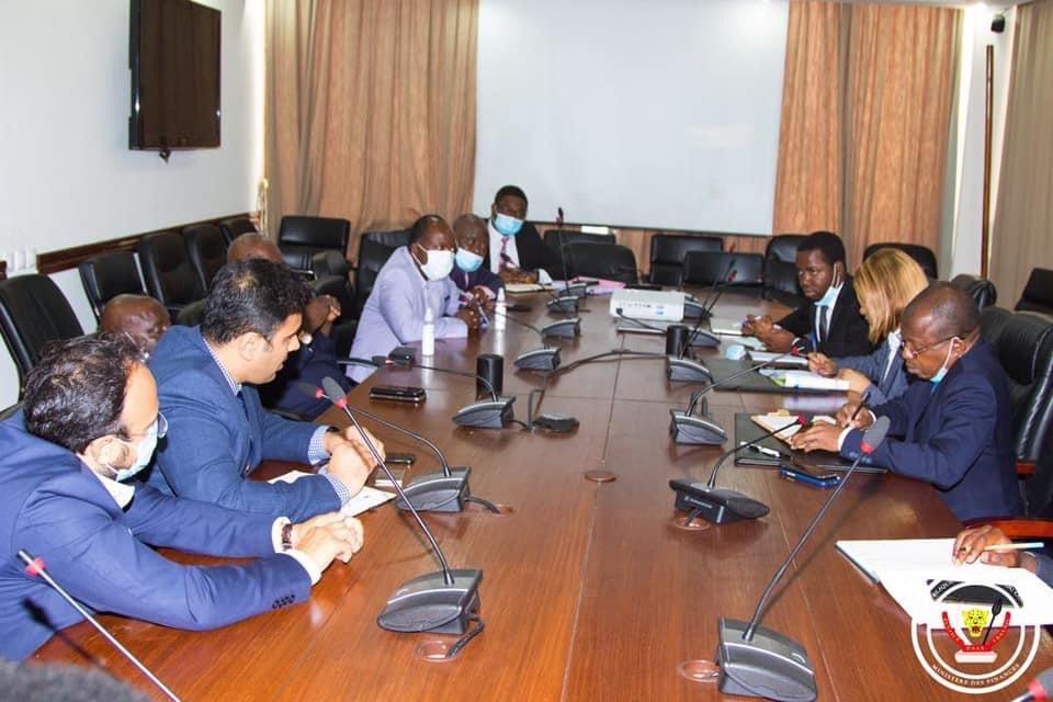 RDC: des investisseurs indiens présentent plusieurs projets d'intérêt communautaire au ministre des Finances 1