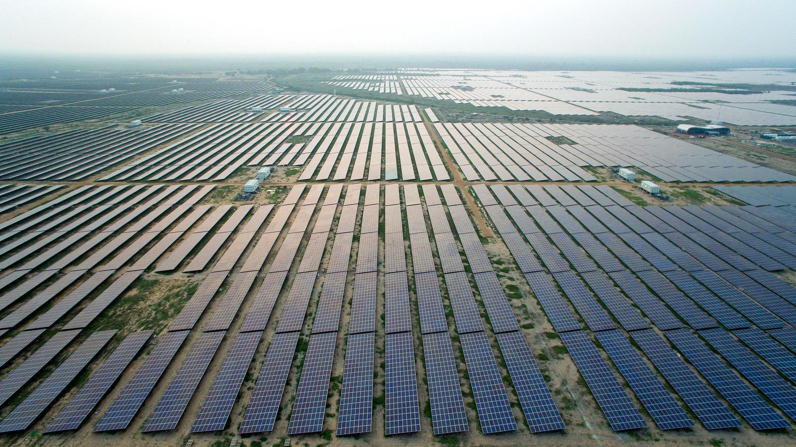 Monde : Energie renouvelables, 2,5 milliards USD dépensés par Total pour l'acquisition d'actifs solaires 1