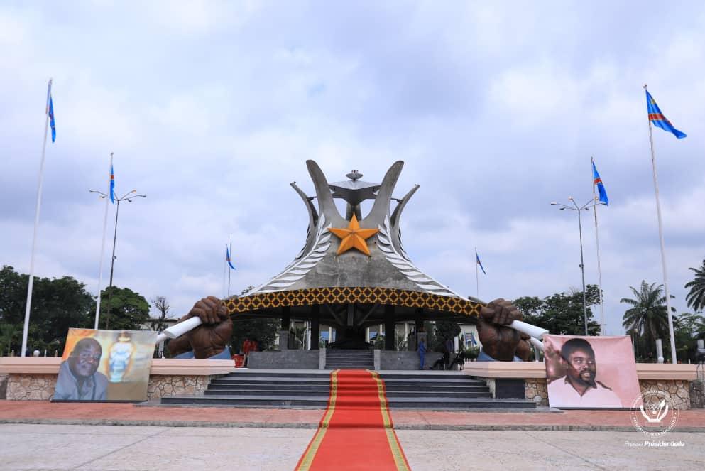 RDC: Tshisekedi rend hommage au héros national Laurent-Desiré Kabila à son mausolée 1