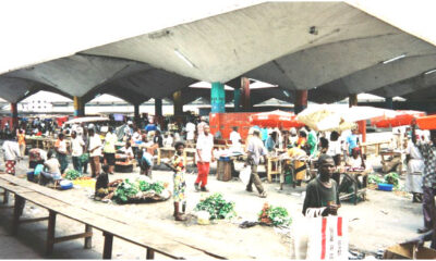 Kinshasa : au lendemain de la fermeture du marché central, les sites provisoires peinent à se remplir! 105