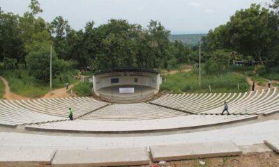 RDC : plus de 2 milliards de CDF prévus pour la réhabilitation de l'amphithéâtre de l'UNIKIN 38